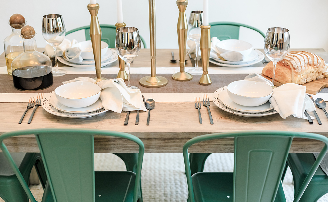 Dining room table and chairs, cozy, entertaining, green chair, metal chair, dinner party, wood table