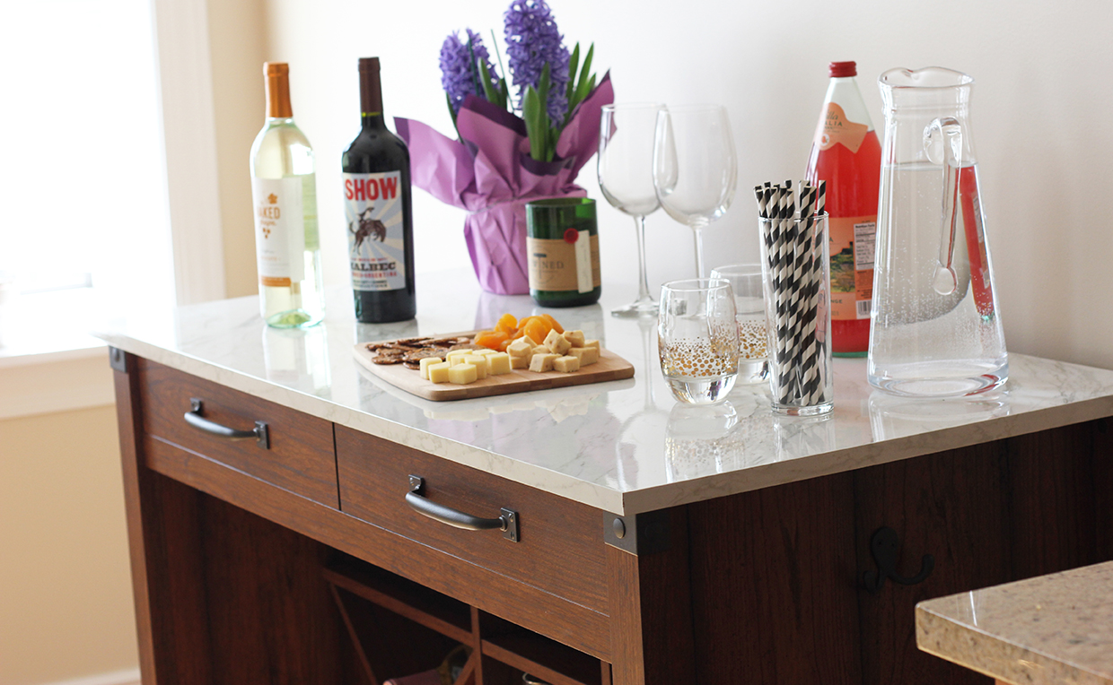 Gourmet stand, bar, barware, entertaining, appetizer