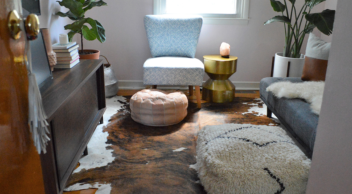 Double Duty Furniture Home Tour Leigh Fagers Eclectic Double Duty Den Ideas From Sauder