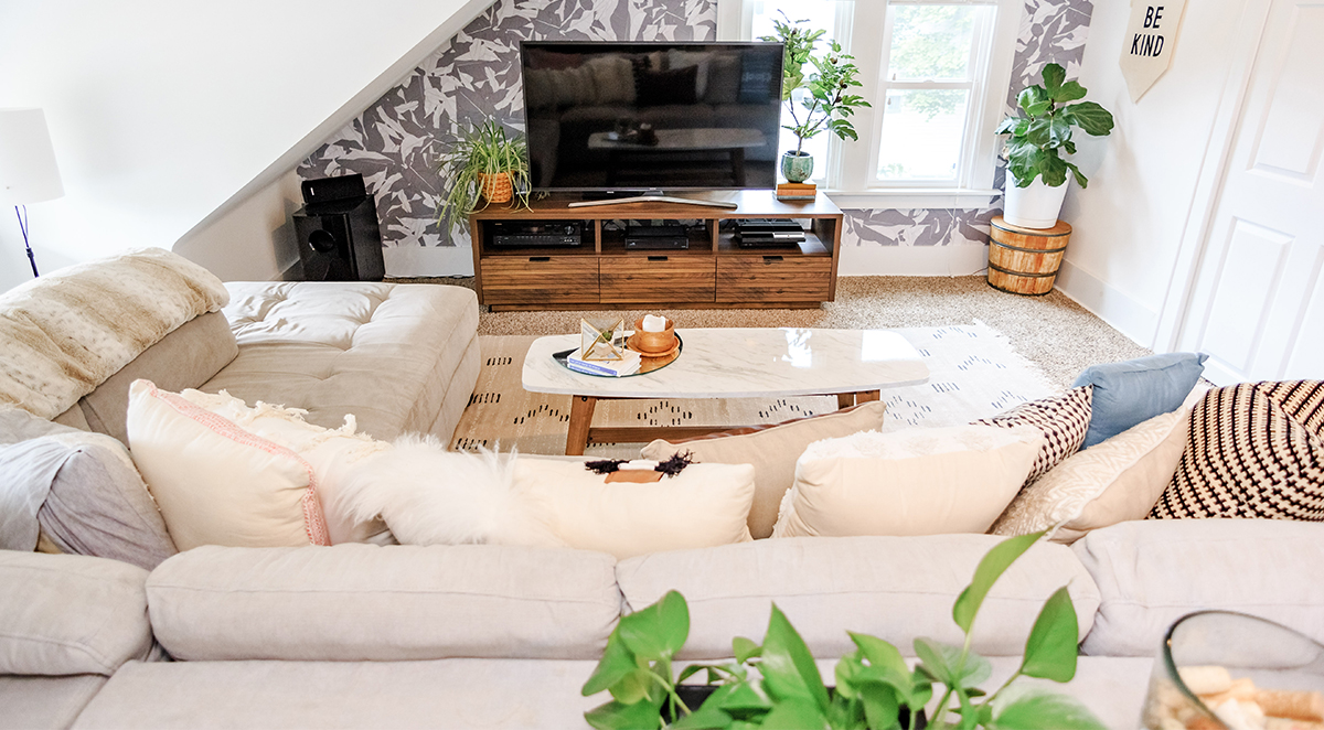 Home Tour: Jenna Kutcher's warm and cozy attic living space