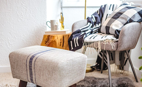 4 Ways To Add Seating In Your Bedroom Ideas From Sauder Sauder Woodworking