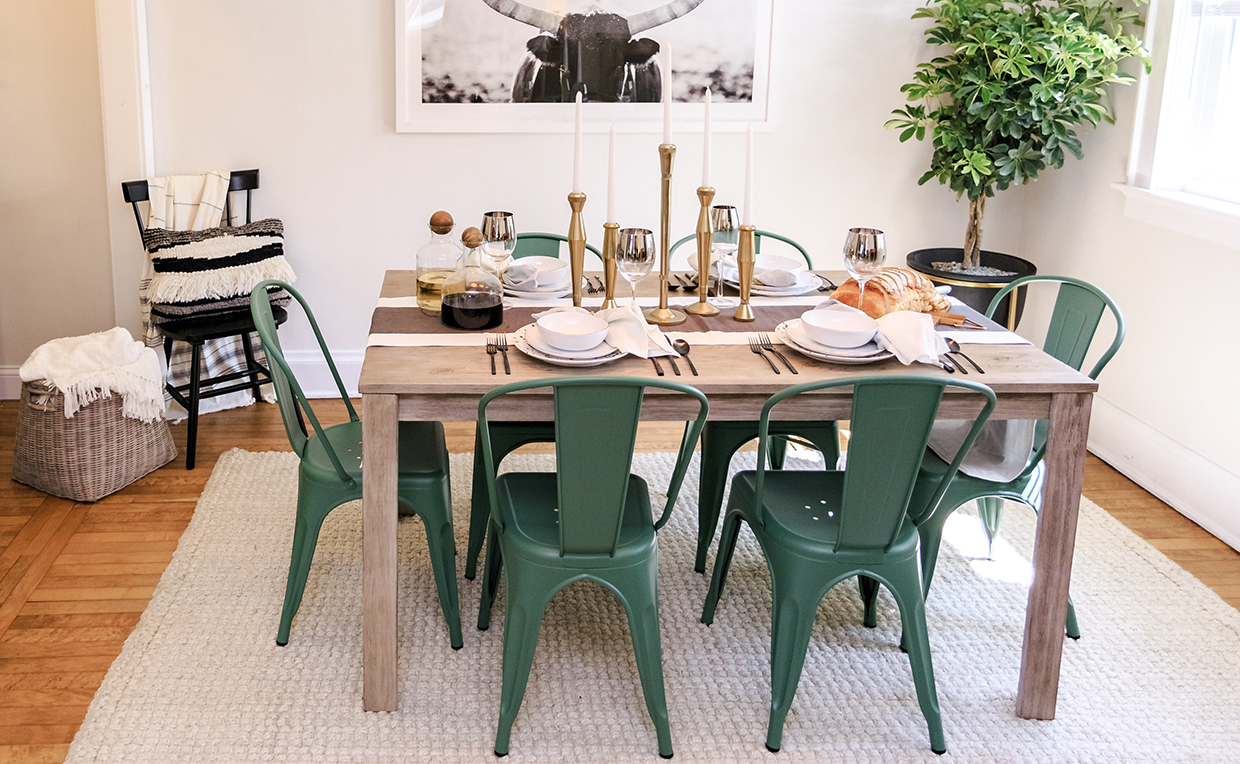 Dining room table and chairs, cozy, entertaining, green chair, metal chair, dinner party
