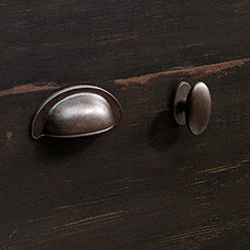<a href='/Collections/Harbor-View/Antiqued-Paint.aspx?type=HP&index=6'>Traditional Barrel Pewter Bin Pull and Oval Knob/Backplate Set</a>